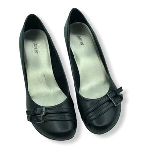 406H 160089 Details about  /Womens Apt 9 Business Black Wedge shoes